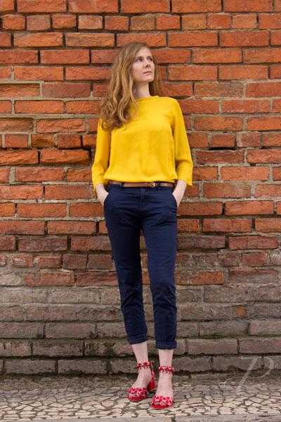 model-french-lisbon-fashion-brick-wall