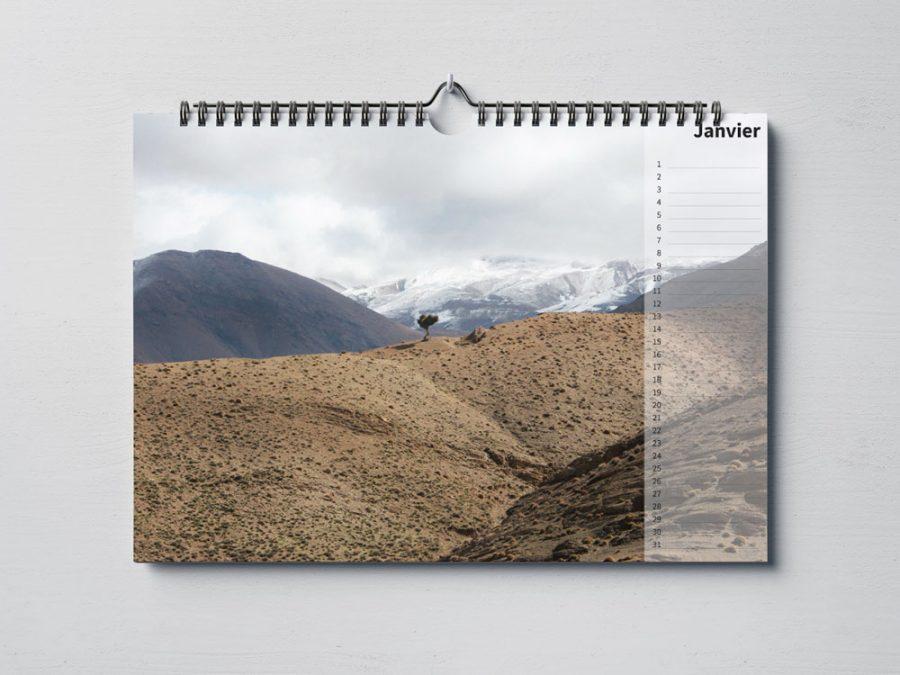Calendar-beautiful-world-landscapes-mock-up