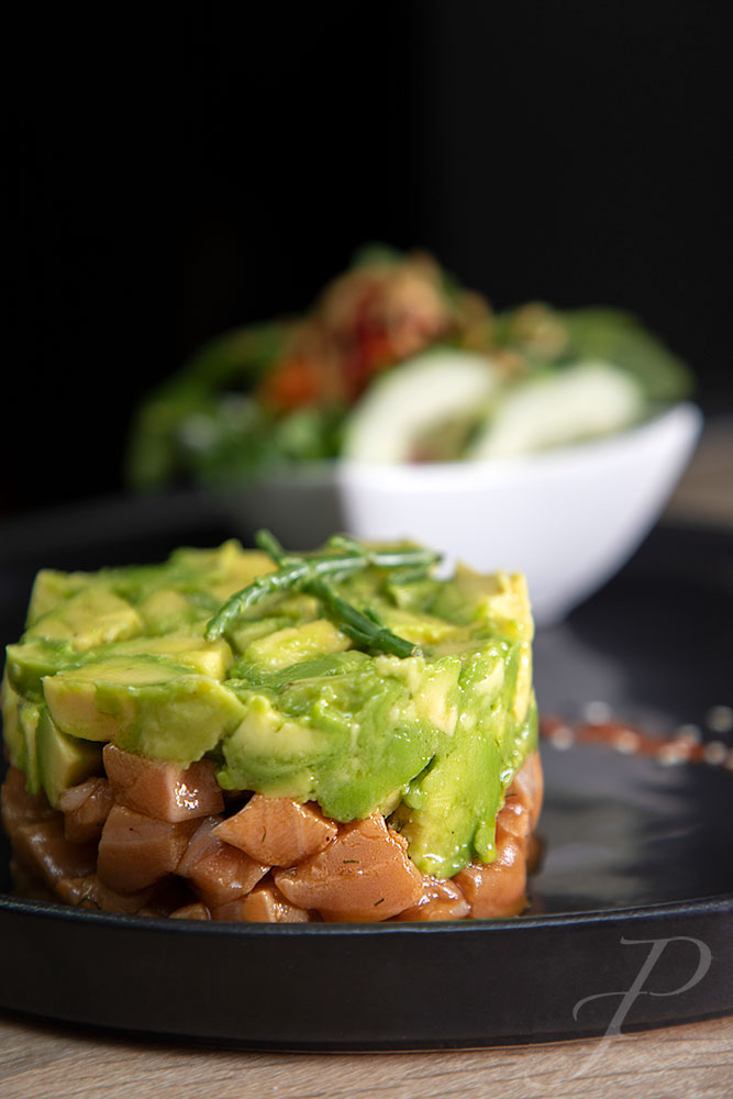food-restaurant-lisbon-salmon-dish-avocado-french