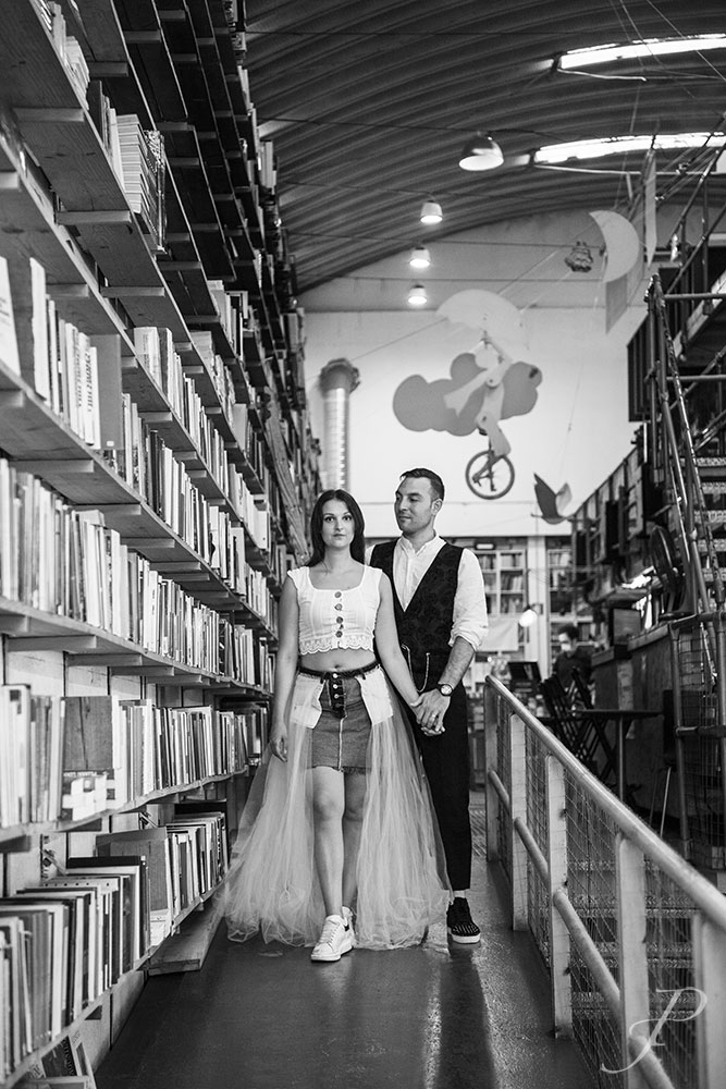 model-french-lisbon-fashion-couple-wedding-library
